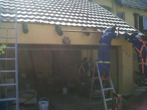 Repairing roof beams
