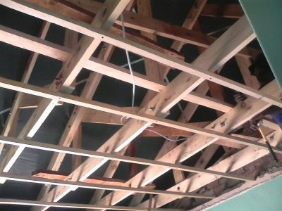 We fix roof structures and ceilings